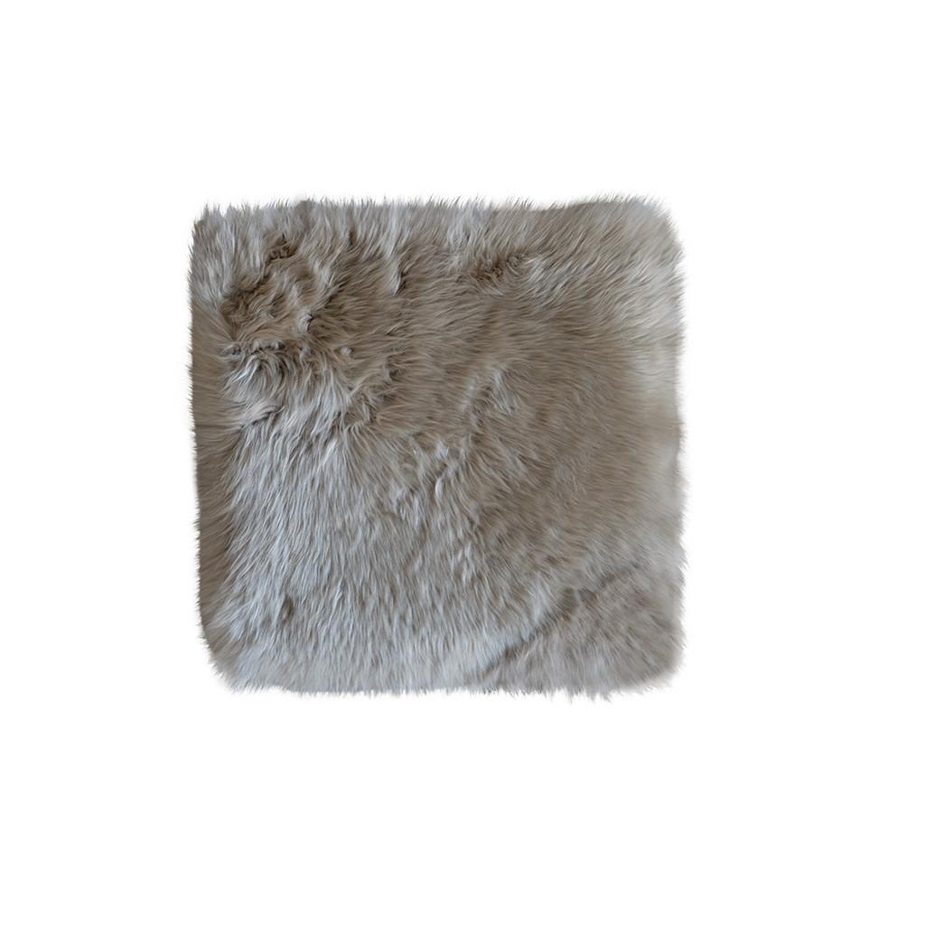 Stoelzitting pad schapenvacht vierkant taupe leuk voor een kruk of stoel - Taupe gekleurde ...